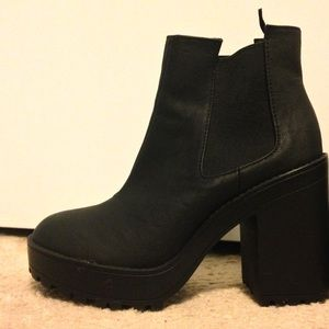 h&m divided goth edgy platform boots